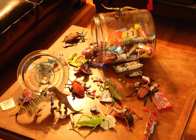 Bugs and Dinosaurs Attack the Halloween Candy